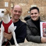 Pipper, the dog 'influencer', presents his comic in Madridejos - Health Insurance