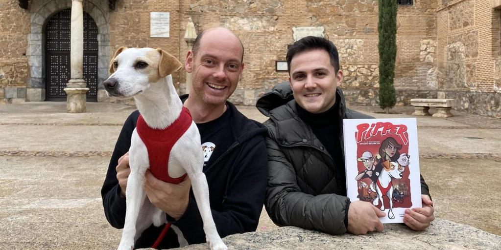 Pipper, the dog 'influencer', presents his comic in Madridejos
