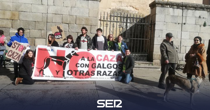 "The Platform ""No to the Hunt"" is cited in Segovia to request the prohibition of this practice with greyhounds 