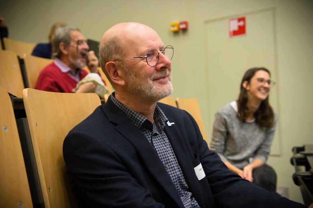 Professor Marc Van Meirvenne is sinds 2015 decaan. Zijn eigen onderzoek richt zich vooral op de bodem.
