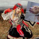 Rita Ora: Dans le viseur de PETA pour un chien aux oreilles coupées